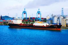 LAMENTIN号化学品/天然气运输船