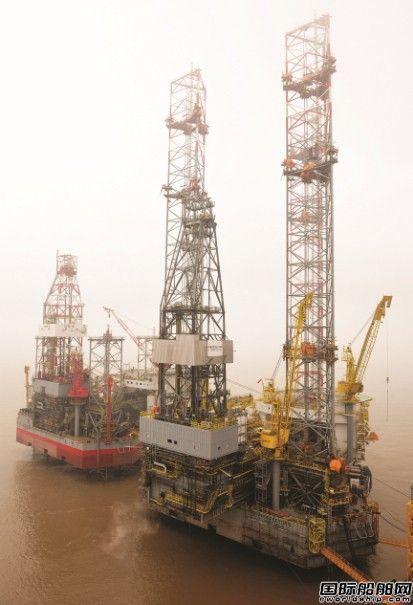 自升式钻井平台英文_外高桥造船自升式平台H1318拖航 - 在建新船 - 国际船舶网