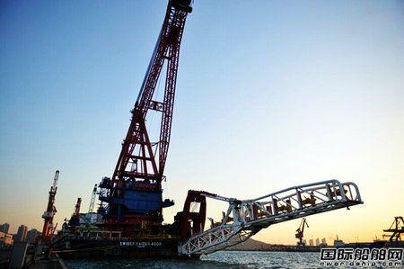 青岛武船交付首艘深水起重铺管船