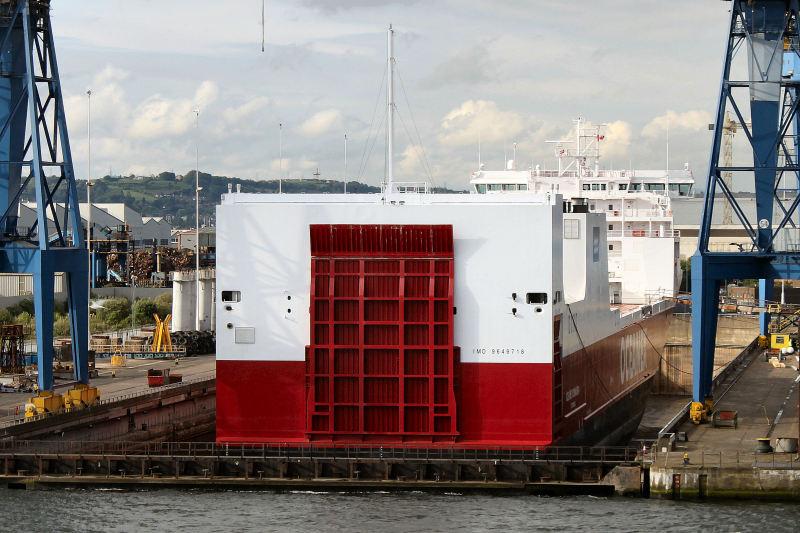 """德国船厂建造的革新型集滚船""""Oceanex Connaigra""""号"""