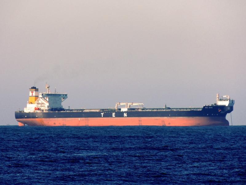 """Sungdong造船建造的穿梭油船""""RIO 2016""""号"""