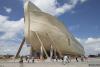 """据《每日邮报》报道,基督教组织""""创世纪的答案""""花费1亿美元(约6.6亿人民币)建造了""""诺亚方舟"""",并将在本周对公众开放。这座诺亚方舟位于美国肯塔基州,船身长155米。"""