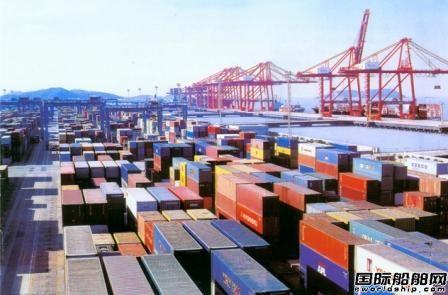 中国港口货运量增幅触七年低点