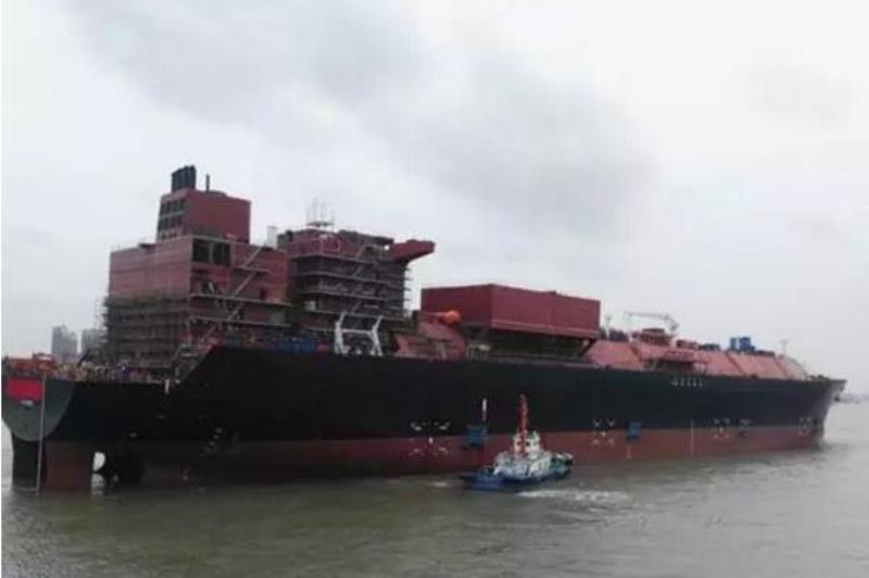 """沪东中华""""泛美""""号LNG船提前26天出坞"""
