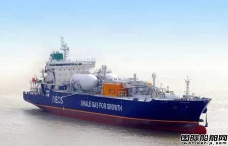 苏美达船舶全年交船14艘完成年度任务