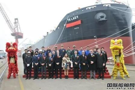 扬子江船业迎来新年开门红