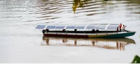 亚马逊河上驶来零污染的汉能全太阳能动力船