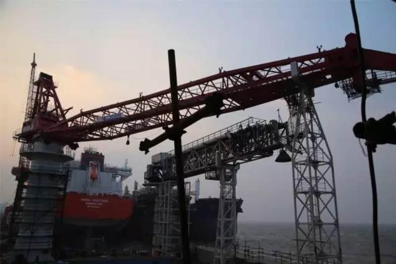 舟山中远船务600人海工生活驳生产现场素描