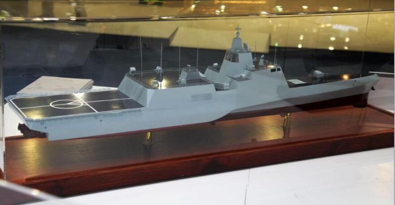 中船重工三体濒海舰亮相阿布扎比