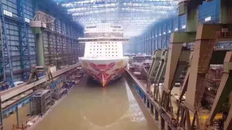"""诺唯真""""喜悦号""""邮轮驶出船坞即将驶往中国"""