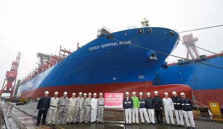 沪东中华第5艘9400箱船提前3天出坞