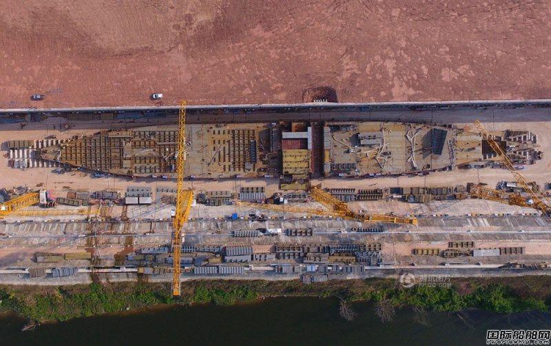 1:1复建泰坦尼克号船体成型 场面壮观