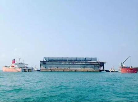 """""""振华29""""轮浮船坞运输项目首航次顺利完成"""