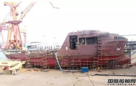 青岛武船RSV水下机器人支持船主船体成形