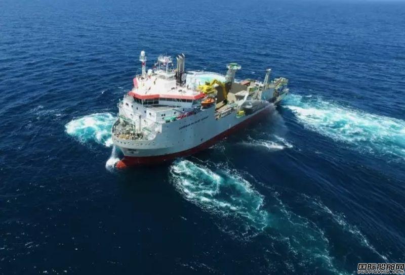中航威海6000吨抛石船顺利完成试航