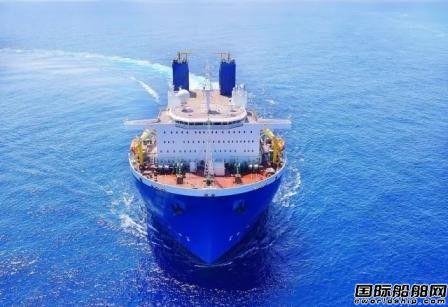 振华重工首艘65000吨半潜船入列