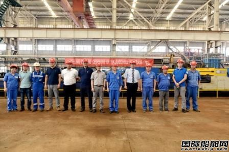 镇江船厂15000DWT自卸运煤船开工