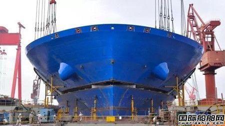 国内在建最大集装箱船首制船实现全船贯通