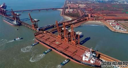 曹妃甸口岸实现40万吨船舶停靠常态化