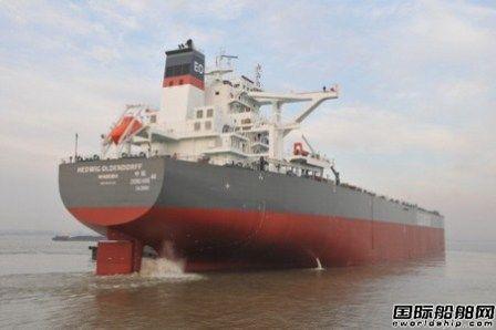 口岸船舶20.8万吨散货船(TC0405)试航凯旋