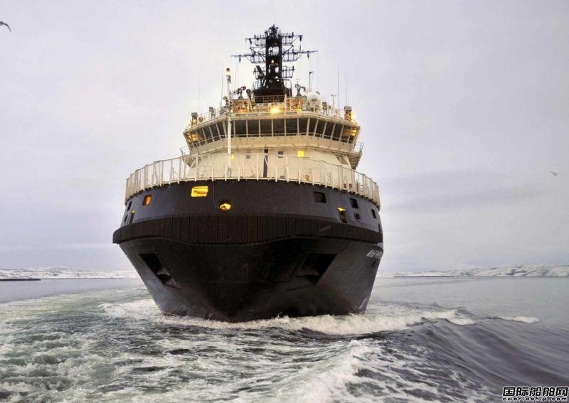俄首艘军用破冰船入役