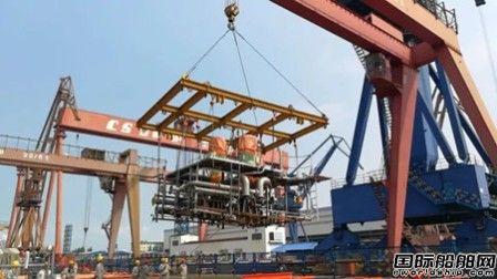 沪东中华49000吨化学品船系列船建造全线推进