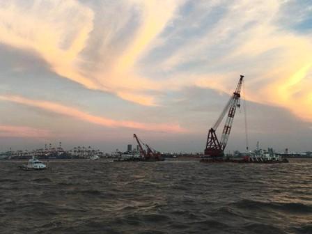 吴淞口沉船事故:沉船公司称对方找错路把船撞沉了